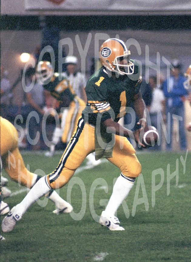 Warren Moon Edmonton Eskimos quarterback 1983. Copyright photograph Scott Grant