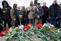Gedenken an Hatun Sueruecue (U-Umlaut!)<br />Am Freitag den 7. Februar 2014 gedachten in Berlin-Tempelhof an die am 7. Februar 2005 ermordete Hatun Sueruecue. Die Kurdin Hatun Sueruecue 2005 von ihren Geschwistern ermordet, da sie sich nicht der traditionellen Lebensart ihrer Familie anschliessen und ein selbstbestimmtes Leben fuehren wollte.<br />Der Bezirk hat zur Mahnung einen Gedenkstein aufgestellt, an dem sich jaehrlich in Gedenken an Hatun Sueruecue versammelt wird.<br />7.2.2014, Berlin<br />Copyright: Christian-Ditsch.de<br />[Inhaltsveraendernde Manipulation des Fotos nur nach ausdruecklicher Genehmigung des Fotografen. Vereinbarungen ueber Abtretung von Persoenlichkeitsrechten/Model Release der abgebildeten Person/Personen liegen nicht vor. NO MODEL RELEASE! Don't publish without copyright Christian-Ditsch.de, Veroeffentlichung nur mit Fotografennennung, sowie gegen Honorar, MwSt. und Beleg. Konto:, I N G - D i B a, IBAN DE58500105175400192269, BIC INGDDEFFXXX, Kontakt: post@christian-ditsch.de<br />Urhebervermerk wird gemaess Paragraph 13 UHG verlangt.]