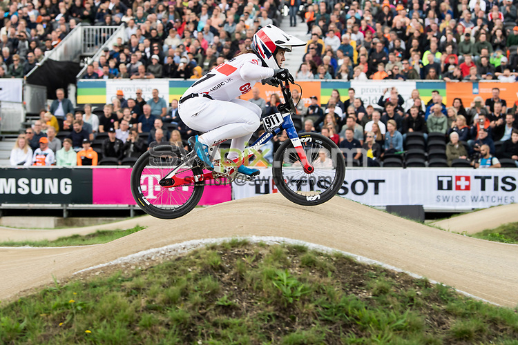 Picture by Alex Broadway/SWpix.com - 22/08/2021 - Cycling - UCI BMX World Championships Track 2021 - Papendal National Sports Centre, Arnhem, Netherlands - Bethany Shriever of Great Britain rides during the Women's Elite Final.