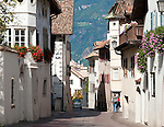 Italy, Alto Adige - Trentino (South Tyrol), Community Appiano sulla Strada del Vino, district San Michele: at village centre | Italien, Suedtirol, bei Bozen, Gemeinde Eppan Ortsteil St. Michael: im Dorfzentrum