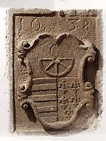 Wappen aus dem 17.Jh. an Haus in Kremnica, Banskobystricky kraj, Slowakei, Europa<br /> Coat of arms 17.c.,  Kremnica, Banskobystricky kraj, Slovakia, Europe