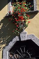 "Europe/Italie/Lac de Come/Lombardie/Lezzeno : Restaurant ""Crotto Del Misto"" détail façade"