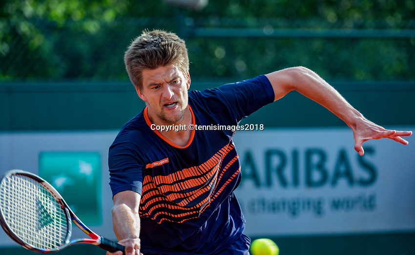 Paris, France, 30 May, 2018, Tennis, French Open, Roland Garros, Men's  Doubles :  Sander Arends (NED) <br /> Photo: Henk Koster/tennisimages.com