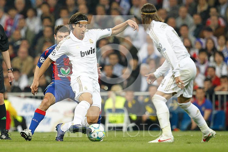 Real Madrid's Sami Khedira during Champions League match on march 14th 2012...Photo: Cesar Cebolla / ALFAQUI