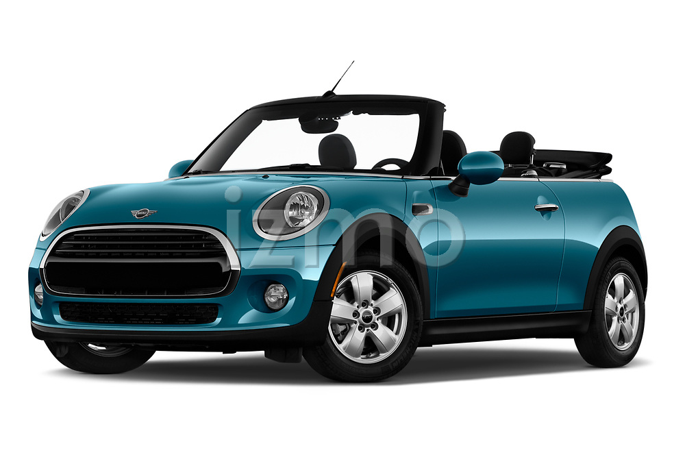 Stock pictures of low aggressive front three quarter view of 2019 MINI Convertible Cooper-Signature 2 Door Convertible Low Aggressive