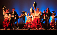 CALI -COLOMBIA-05-11-2013. El Ballet Folklórico de México de Amalia Hernández fue el encargado de abrir oficialmente la 1ª Bienal Internacional de Danza de Cali con con la participación de 54 artistas en escena entre bailarines y músicos, y nueve actos que le permitirán al espectador recorrer las tradiciones musicales y dancísticas de los pueblos mexicanos./ The Ballet Folklorico de Mexico of Amalia Hernandez was on hand to officially open the 1st International Dance Biennial Cali with the participation of 54 artist between dancers and musicians, and nine acts that will allow the audience to go into the music and dance traditions of the mexican people.  Photo: VizzorImage/Juan C. Quintero/STR