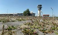 Flughafen Altenburg / Nobitz - nach dem Weggang von Ryanair Ryan Air ist hier nix mehr los - im Bild: der Tower des Airport - auch hier wird bald die Arbeit eingestellt. Foto: Norman Rembarz..Jegliche kommerzielle wie redaktionelle Nutzung ist honorar- und mehrwertsteuerpflichtig! Persönlichkeitsrechte sind zu wahren. Es wird keine Haftung übernommen bei Verletzung von Rechten Dritter. Autoren-Nennung gem. §13 UrhGes. wird verlangt. Weitergabe an Dritte nur nach  vorheriger Absprache. Online-Nutzung ist separat kostenpflichtig..