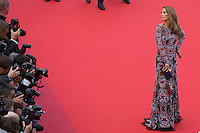 Victoria Bonya - CANNES 2016 - MONTEE DES MARCHES DU FILM 'MONEY MONSTER'