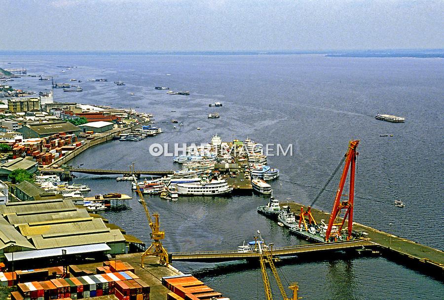 Vista aérea da cidade de Manaus. Amazonas. 1994. Foto de Juca Martins.