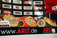 Weltmeisterguertel von WBO, IBF und IBO von Wladimir Klitschko