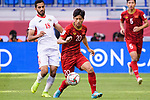 Phan Van Duc of Vietnam (C) fights for the ball with Mousa Mohammad Suleiman of Jordan (L) during the AFC Asian Cup UAE 2019 Round of 16 match between Jordan (JOR) and Vietnam (VIE) at Al Maktoum Stadium on 20 January 2019 in Dubai, United Arab Emirates. Photo by Marcio Rodrigo Machado / Power Sport Images