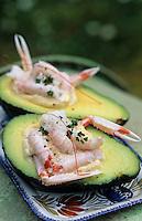 Europe/France/Bretagne/29/Finistère: Avocats et petites langoustines à la mayonnaise aux herbes fraîches