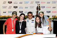 #6 Acura Team Penske Acura DPi, DPi: Juan Pablo Montoya and family