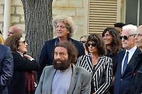 Marek HALTER - Lionel JOSPIN et sa compagne Sylviane AGACINSKI - Elie CHOURAQUI - Emmanuelle ALT - Obseques Sonia Rykiel - Cimetiere du Montparnasse - Paris - FRANCE