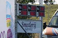 FIERLJEPPEN: BURGUM: 19-09-2020, NK Fierljeppen, Sigrid Bokma, 17.08m, ©foto Martin de Jong
