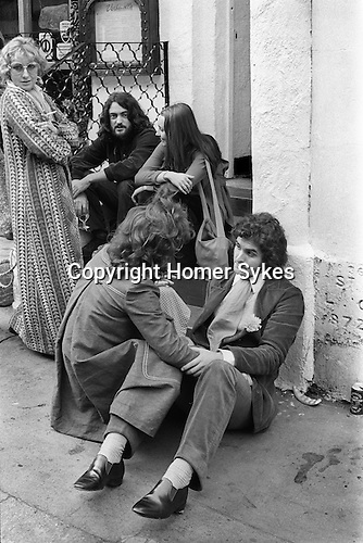 Fashionable young things in the 1970s. Beauchamp Place Knightbridge London SW3 UK..