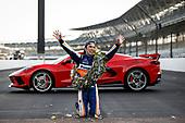 #30: Takuma Sato, Rahal Letterman Lanigan Racing Honda kisses the bricks