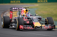 March 14, 2015: Daniil Kvyat (RUS) #26 from the Infiniti Red Bull Racing team rounds turn two during qualification at the 2015 Australian Formula One Grand Prix at Albert Park, Melbourne, Australia. Photo Sydney Low
