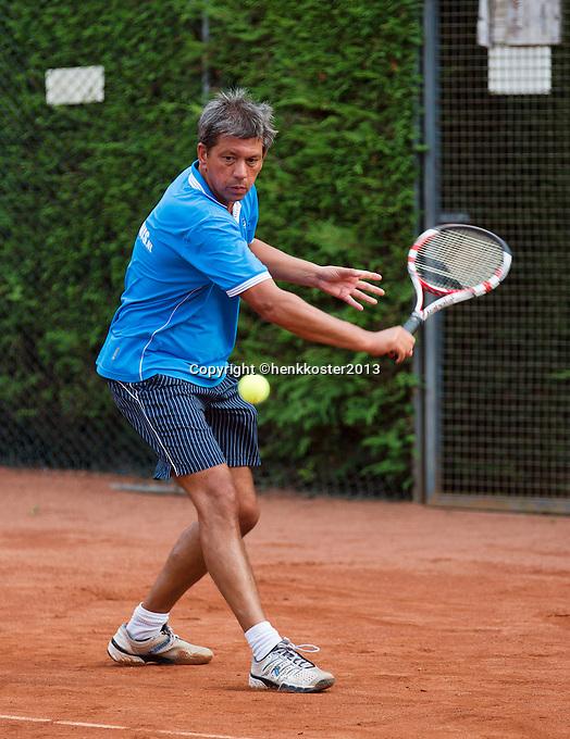 2013,August 21,Netherlands, Amstelveen,  TV de Kegel, Tennis, NVK 2013, National Veterans Tennis Championships,   Mike Simon<br /> Photo: Henk Koster