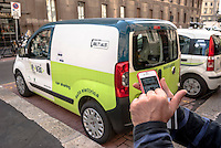 "Milano, applicazione smartphone per il car sharing e-vai --- Milan, mobile application for ""e vai"" car sharing"