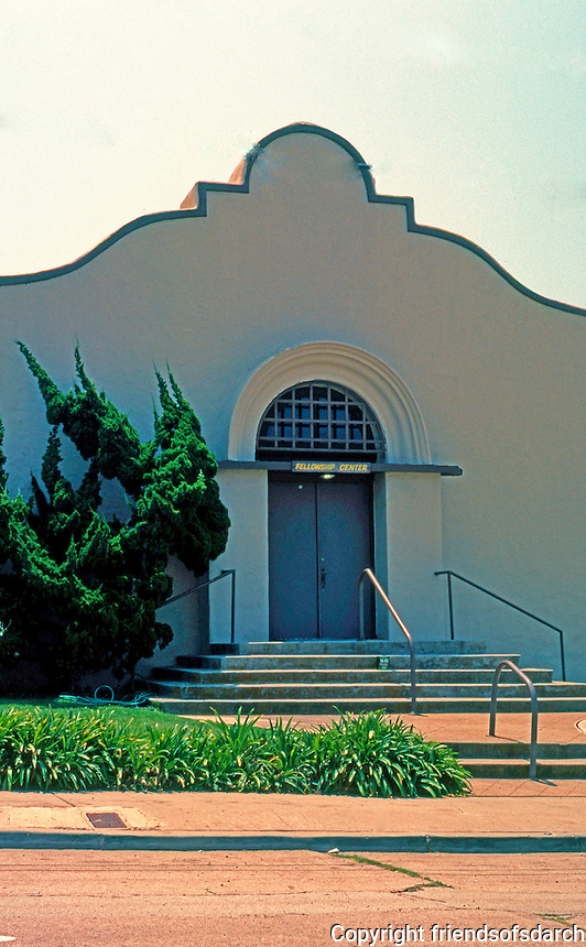 """Irving Gill: St. James Chapel, La Jolla 1907-08. Described as """"nearly intact"""" but isn't. Now a part of La Jolla First Baptist.1627 Genter. Mission style. Photo 2000."""