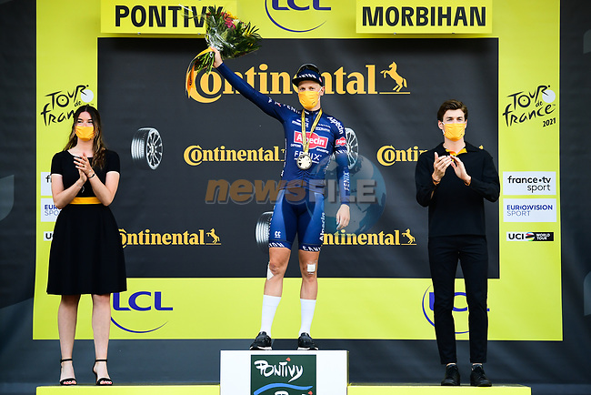 Tim Merlier (BEL) Alpecin-Fenix wins Stage 3 of the 2021 Tour de France, running 182.9km from Lorient to Pontivy, France. 28th June 2021.  <br /> Picture: A.S.O./Pauline Ballet | Cyclefile<br /> <br /> All photos usage must carry mandatory copyright credit (© Cyclefile | A.S.O./Pauline Ballet)