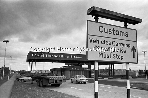 Limerick, in County Limerick, Southern Ireland Eire 1979. Customs point hard border at the newly built Shannon Industrial Estate.