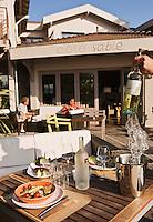 Europe/France/Aquitaine/33/Gironde/Bassin d'Arcachon/Cap-Ferret: Hôtel: Côté Sable- Repas sur la terrasse