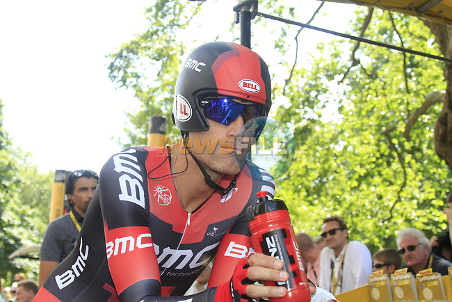 George Hincapie (USA) BMC Racing Team waits his turn during the Prologue of the 99th edition of the Tour de France 2012, a 6.4km individual time trial starting in Parc d'Avroy, Liege, Belgium. 30th June 2012.<br /> (Photo by Eoin Clarke/NEWSFILE)