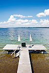 Germany, Upper Bavaria, Lake Starnberg, Seeshaupt: private bathing jetty | Deutschland, Oberbayern, Starnberger See, Seeshaupt: privater Badesteg