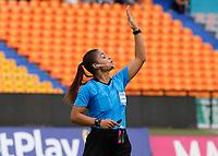 MEDELLÍN- COLOMBIA, 29-08-2021: Referee Maria Daza Ortiz.Atlético Nacional y Atlético Bucaramanga en partido por la fecha 10 como parte de la Liga Femenina BetPlay DIMAYOR 2020 jugado en el estadio Atanasio Girardot de Medellín/ Atletico Nacional and Atlético Bucaramanga in match for the date 10 as part of Women's BetPlay DIMAYOR 2021 League, played at Atanasio Girardot stadium of Medellin City. Photo: VizzorImage / Donaldo Zuluaga / Contribuidor