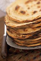 Asie/Inde/Bombay : Pile de Naans