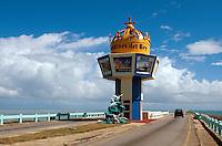 Cuba, Turm auf Damm nach Cayo Coco, Archipielago de Camagüey, Provinz Ciego de Avila