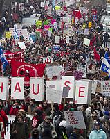 MANIFESTATION ETUDIANTS CONTRE LA HAUSSE DES DROITS DE SCOLARITE A MONTREAL<br /> PHOTO JACQUES NADEAU <br /> 24 FEVRIER 2012 <br /> 28 FEVRIER 2012 P.A-9<br /> <br /> CONFLIT ETUDIANT<br /> HAUSSE DES DROITS DE SCOLARITE CONFLIT ETUDIANT GREVE<br /> HAUSSE DES DROITS DE SCOLARITE CONFLIT ETUDIANT CRISE GREVE