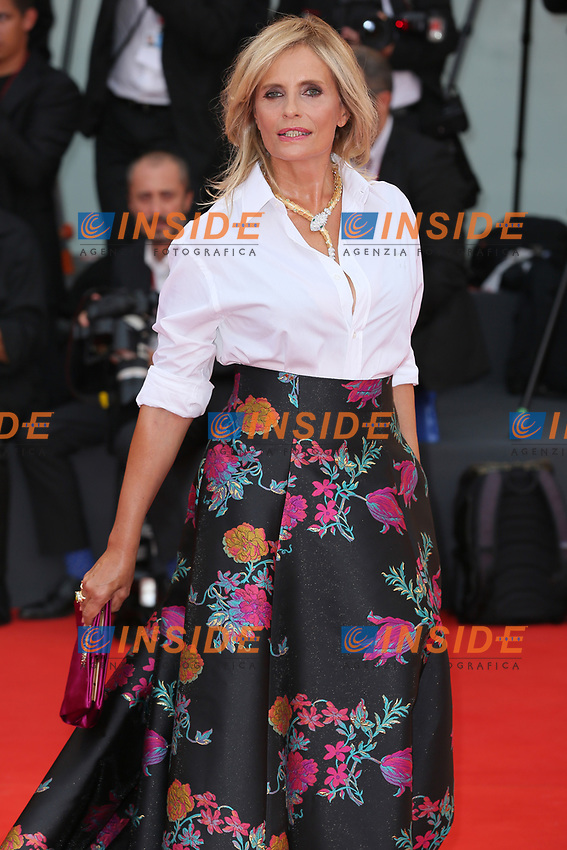 """VENICE, ITALY - AUGUST 28: Isabella Ferrari walks the red carpet ahead of the Opening Ceremony and the """"La Verite"""" (The Truth) screening during the 76th Venice Film Festival at Sala Grande on August 28, 2019 in Venice, Italy., 2019 in Venice, Italy. (Photo by Marck Cape/Inside Foto)<br /> Venezia 28/08/2019"""