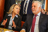 Le Premier Ministre Philippe Couillard a la tribune du<br /> reseau affaire Verdun le 17 octobre 2016<br /> PHOTO : <br /> - Agence Quebec presse