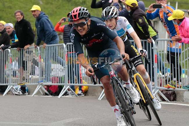 Richard Carapaz (Ecu) Ineos Grenadiers and Jonas Vingegaard (DEN) Jumbo-Visma on the final climb of Luz-Ardiden during Stage 18 of the 2021 Tour de France, running 129.7km from Pau to Luz-Ardiden, France. 15th July 2021.  <br /> Picture: Colin Flockton | Cyclefile<br /> <br /> All photos usage must carry mandatory copyright credit (© Cyclefile | Colin Flockton)