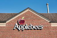 Applebee's restaurant exterior logo, New York, USA