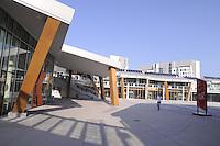 - Milano, il nuovo complesso edilizio Milanofiori Nord, opera dello studio EEA - Erick van Egeraat Associated Architects....- Milan, new buildings in North Milano Fiori area, designed by  EEA - Erick van Egeraat Associated Architects ..