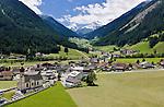 Austria, Tyrol, Innsbruck Holiday Village: Gries at Sellrain with parish church St. Martin | Oesterreich, Tirol, Innsbrucks Feriendorf: Gries im Sellrain mit Pfarrkirche zum Heiligen Martin