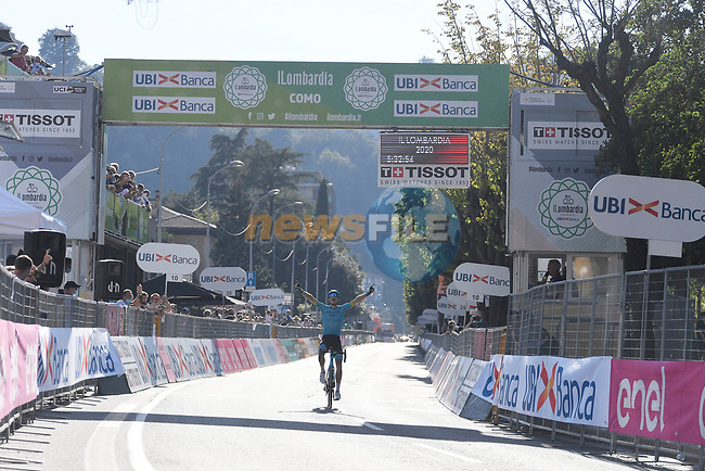 Jakob Fuglsang (DEN) Astana Pro Team wins solo the 114th edition of Il Lombardia 2020, running 231km from Bergamo to Como, Italy. 15th August 2020.<br /> Picture: LaPresse/Fabio Ferrari | Cyclefile<br /> <br /> All photos usage must carry mandatory copyright credit (© Cyclefile | LaPresse/Fabio Ferrari)