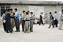 Irak 1992  Cour de récréation à Halabja  dans une école de garcons    Iraq 1992 Schoolyard in Halabja