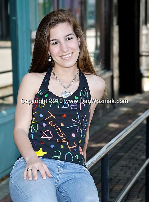 Senior pictures from Deep Ellum in Dallas,Texas