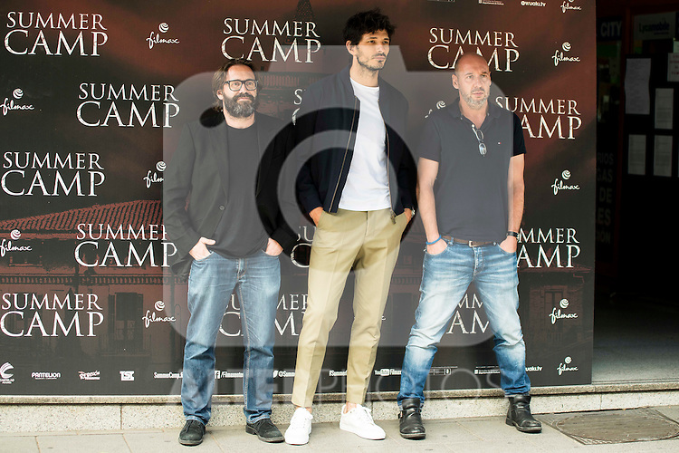 """Italian director of the film, Alberto Marini (L), spanish actor and model Andres Velencoso (C) and spanish director and producer of the film, Jaume Balaguero (R) during the presentation of the film """"Summer Camp"""" at Cines Paz in Madrid. June 06. 2016. (ALTERPHOTOS/Borja B.Hojas)"""