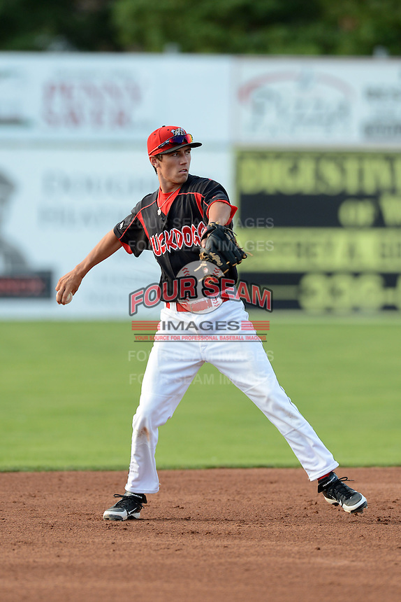 Batavia Muckdogs shortstop Aaron Blanton (11) during a game against the Williamsport Crosscutters on September 4, 2013 at Dwyer Stadium in Batavia, New York.  Williamsport defeated Batavia 6-3 in both teams season finale.  (Mike Janes/Four Seam Images)