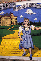 "AJ2869, Judy Garland, mural, Minnesota, Wizard of Oz, Judy Garland and """"The Yellow Brick Road"""" mural is painted on the side of a brick building in downtown Grand Rapids birthplace of Judy Garland in the state of Minnesota."