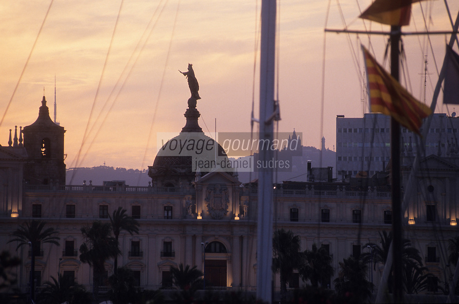 Europe/Espagne/Catalogne/Barcelone : Vierge de la Mercè (Sainte patronne et protectrice de la ville) sur le port