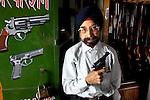 01/06/10_Delhi_Arms_Dealer