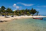 MUS, Mauritius, Hotel Le Cannonier: Strand   MUS, Mauritius, Hotel Le Cannonier: beach