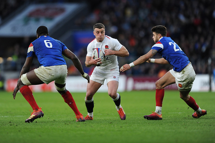 George Ford of England looks to go between Yacouba Camara and Romain Ntamack of France during the Guinness Six Nations match between England and France at Twickenham Stadium on Sunday 10th February 2019 (Photo by Rob Munro/Stewart Communications)